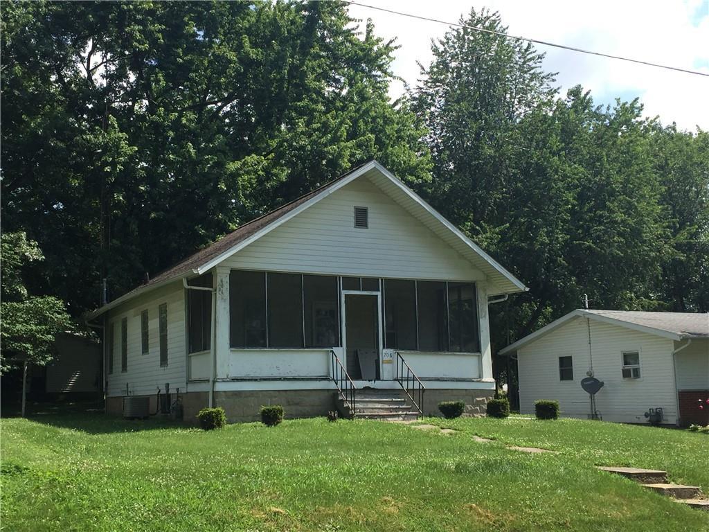 708 E 5th Street Property Photo 1