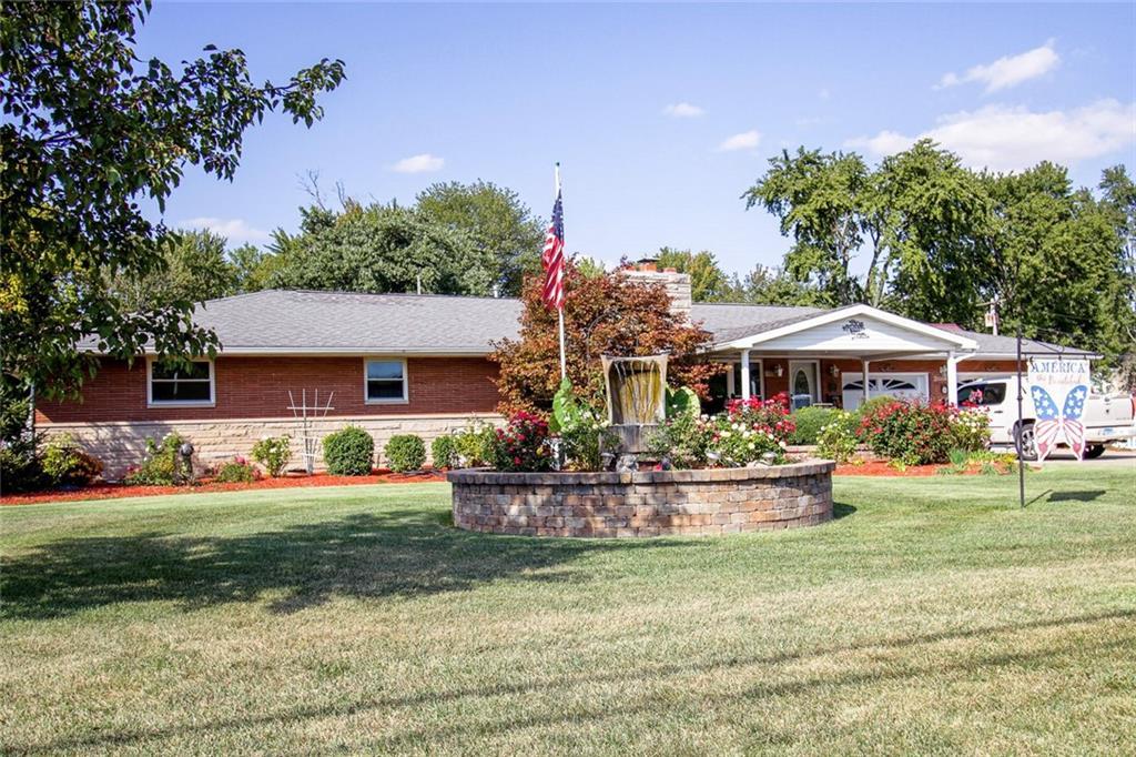 1106 W Main Street Property Photo 1