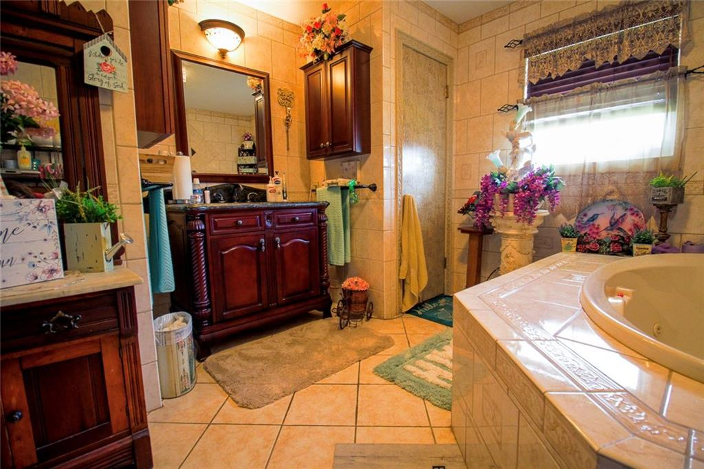 1106 Main Street Property Photo 27