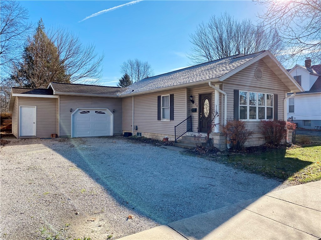 120 N Pine Street Property Photo 1