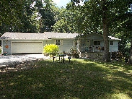 2655 E Two Hundred Road Property Photo 1