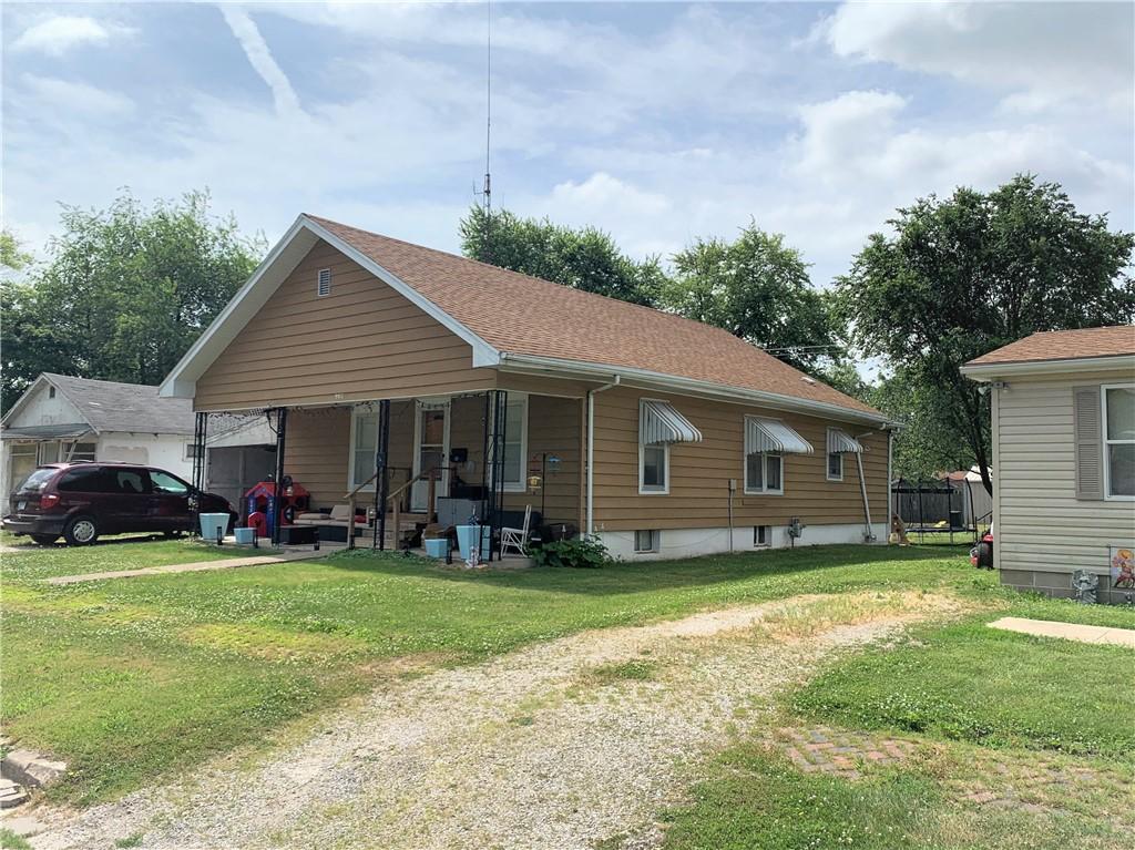 907 2nd Street Property Photo 1