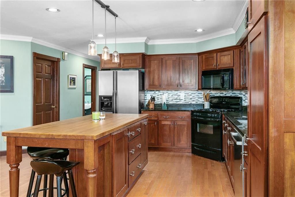 18990 1400th Street Property Photo 12