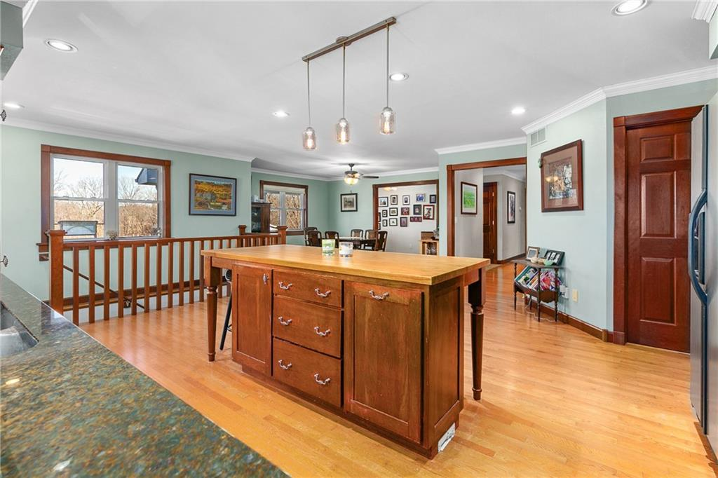 18990 1400th Street Property Photo 13