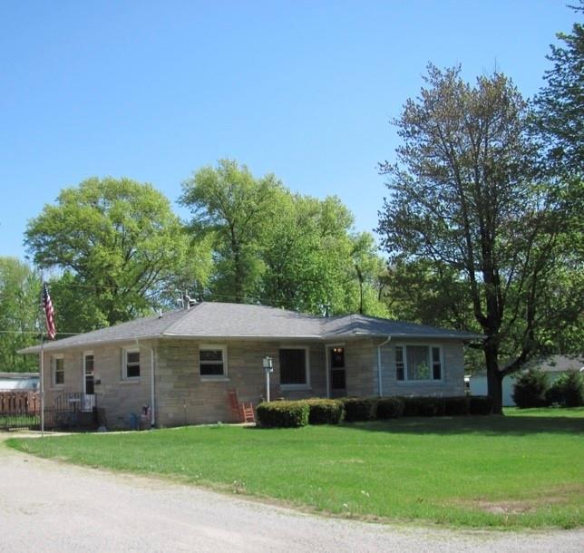402 E 14th Street Property Photo 1