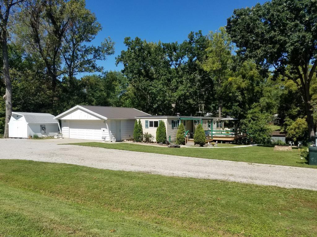 3533 & 3532 E 915 North Road Property Photo 1