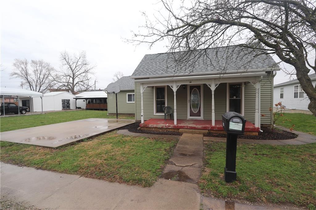 814 W South 4th Street Property Photo 1