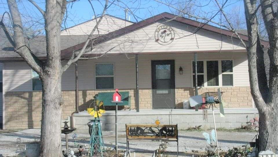 405 Vance Lane Property Photo 1