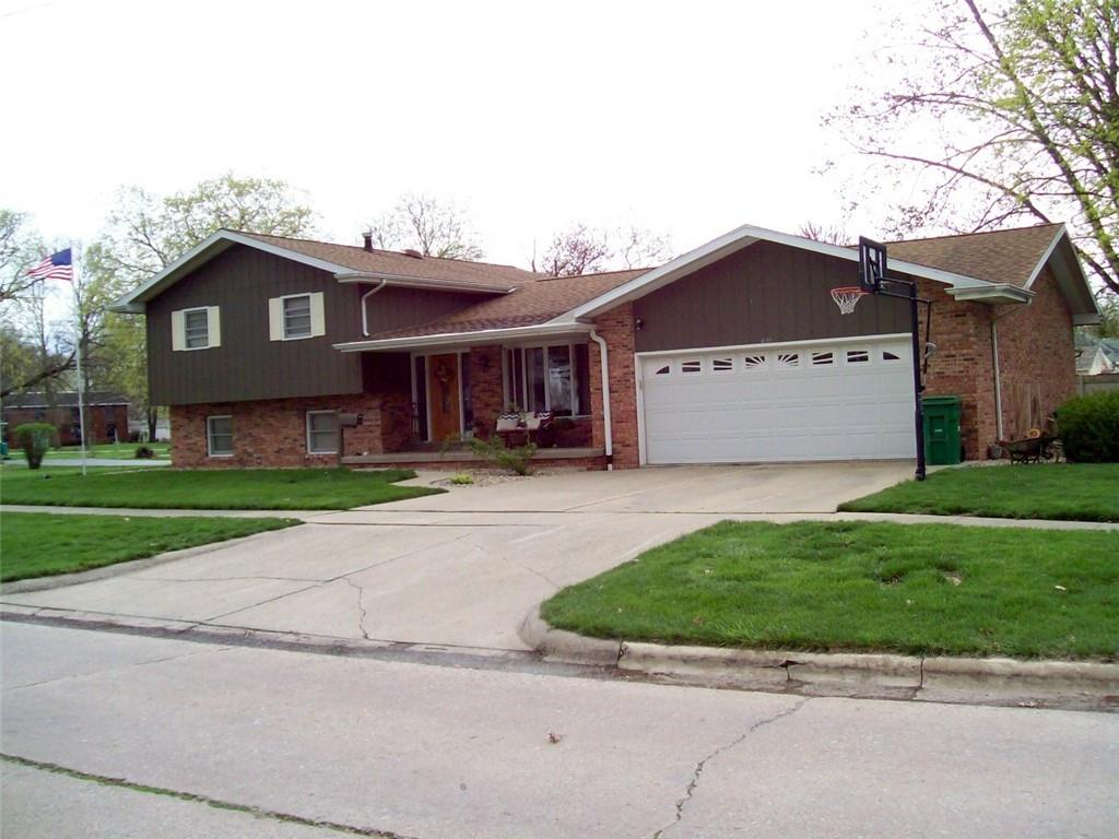 400 Sheridan Street Property Photo 1
