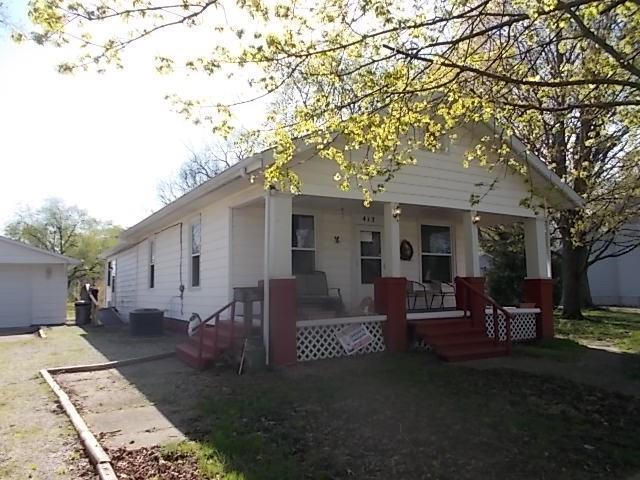 412 N State Street Property Photo 1