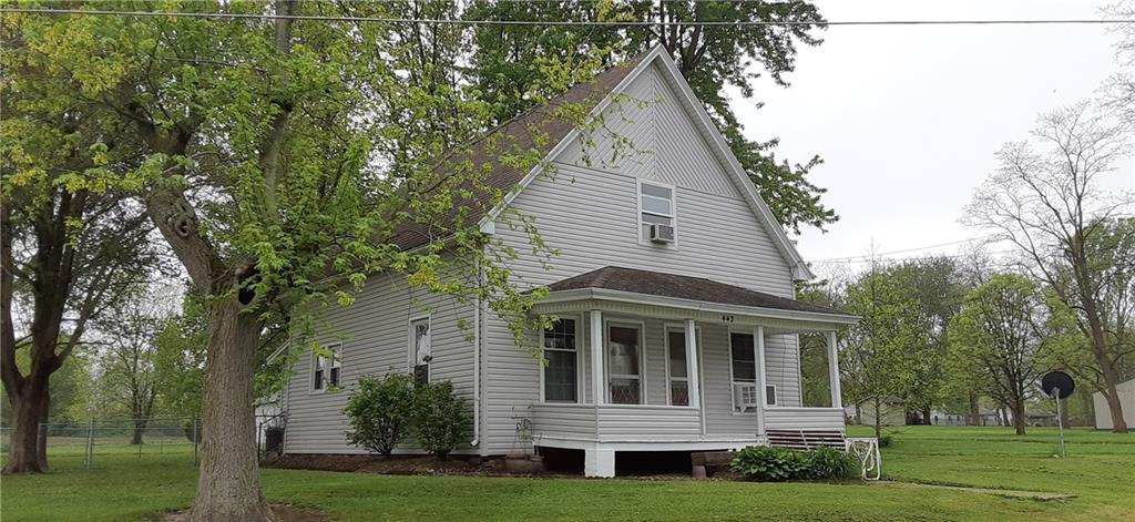 442 E West Street Property Photo 1
