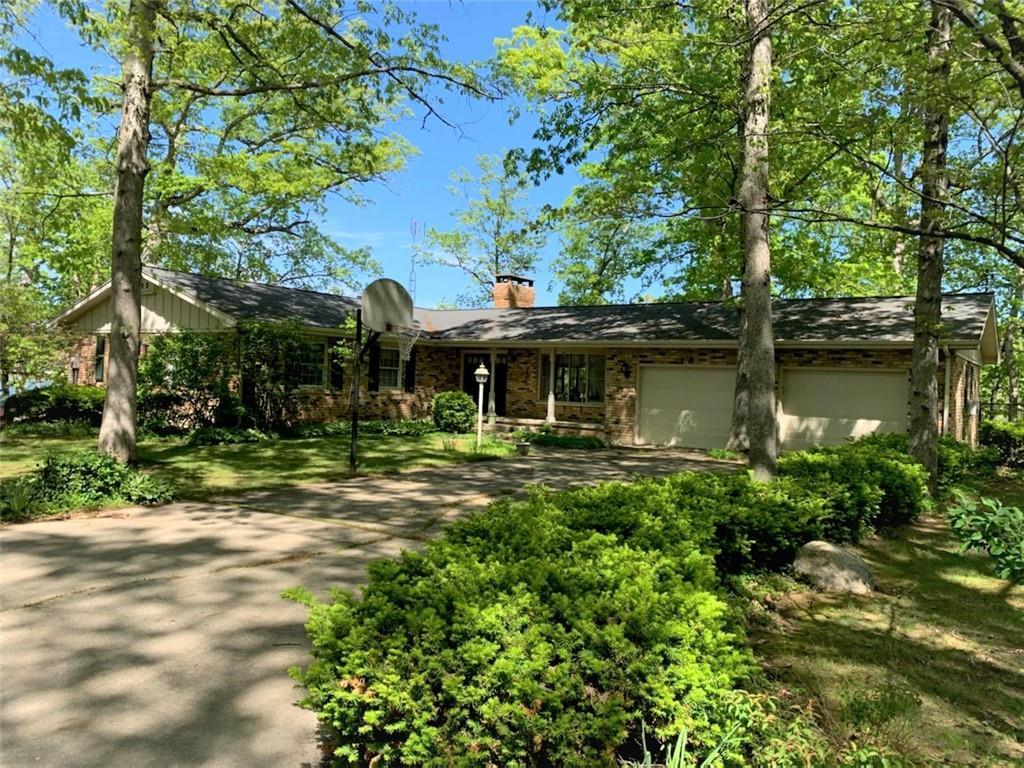 28 Beyers Lake Estate Property Photo 1