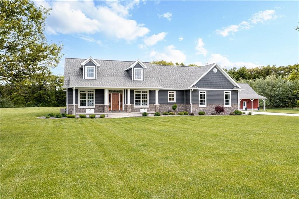 15853 Wildwood Way Property Photo 1