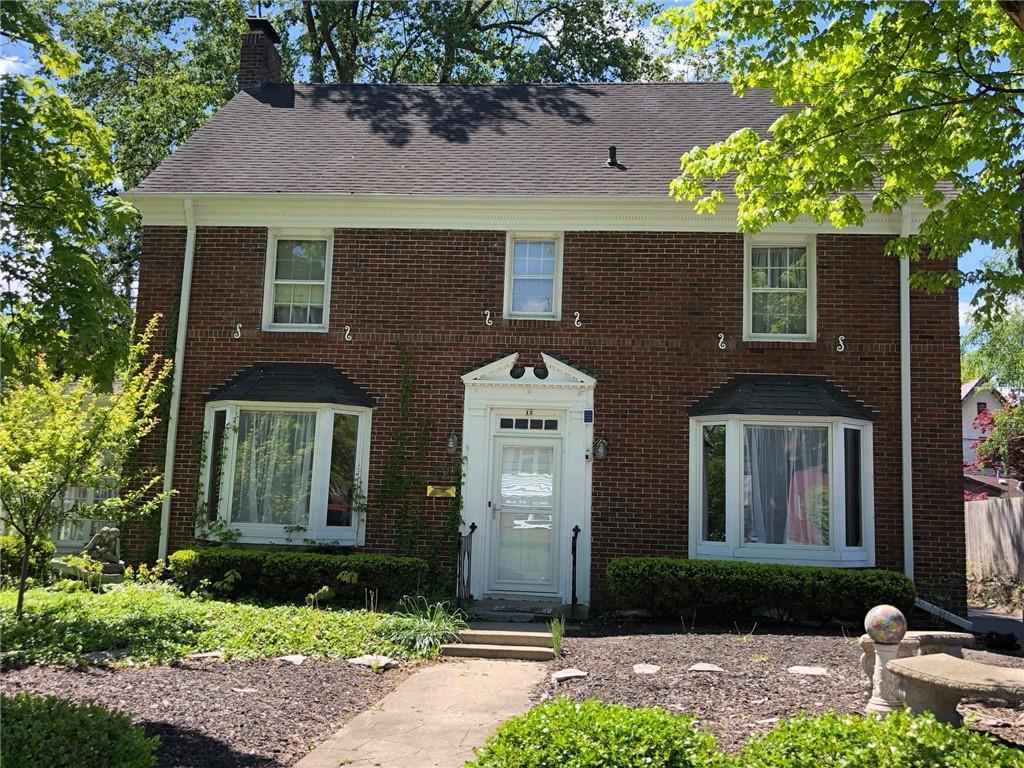 12 W Raymond Avenue Property Photo 1