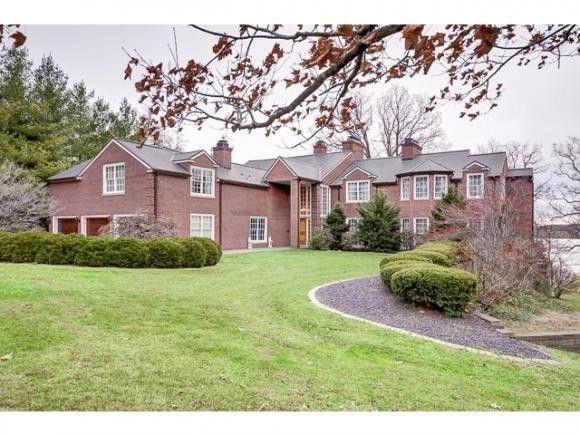 177 Southmoreland Place Property Photo 1
