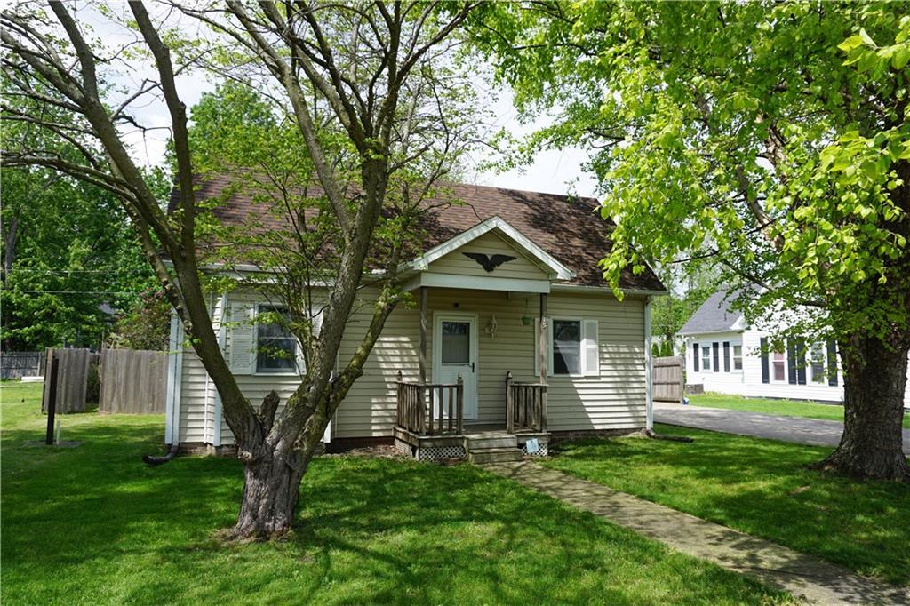 215 Montgomery Street Property Photo 1
