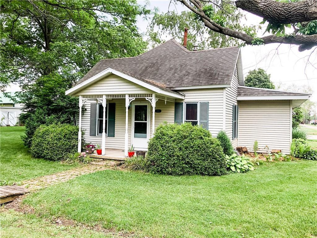 408 E Vine Street Property Photo 1