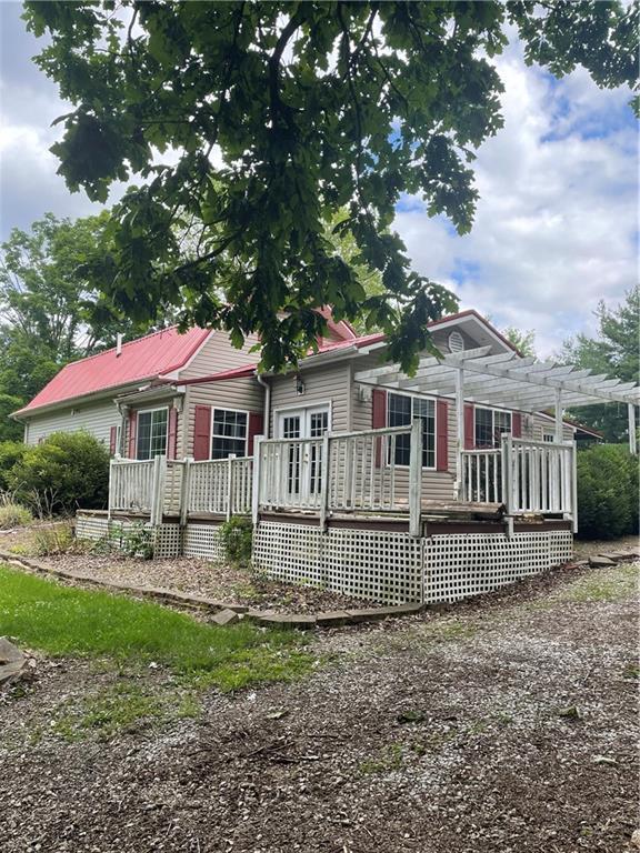 1175 Woodland Drive Property Photo 2