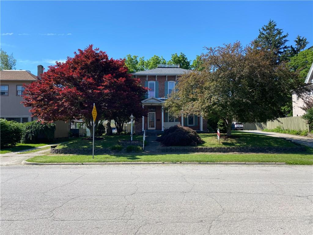 306 E Court Street Property Photo 1