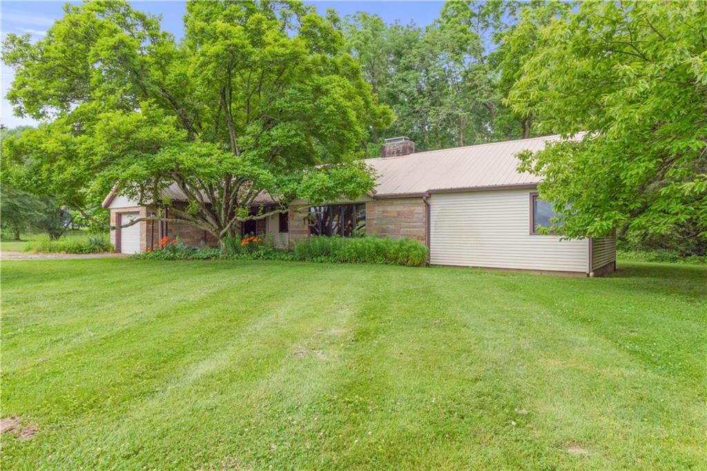 4879 State Highway 130 Property Photo 1