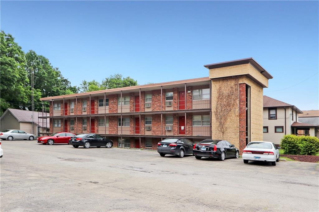 913 4th Street Property Photo 1