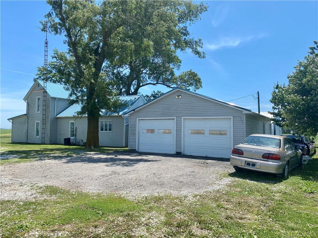 17241 County Road 1100 E Property Photo 3
