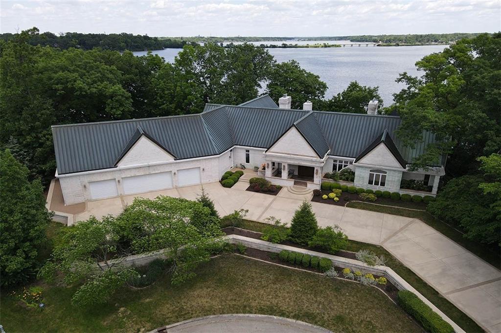 20 Lake Point Property Photo 2