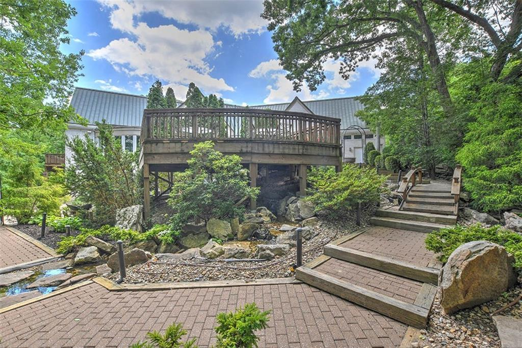 20 Lake Point Property Photo 43