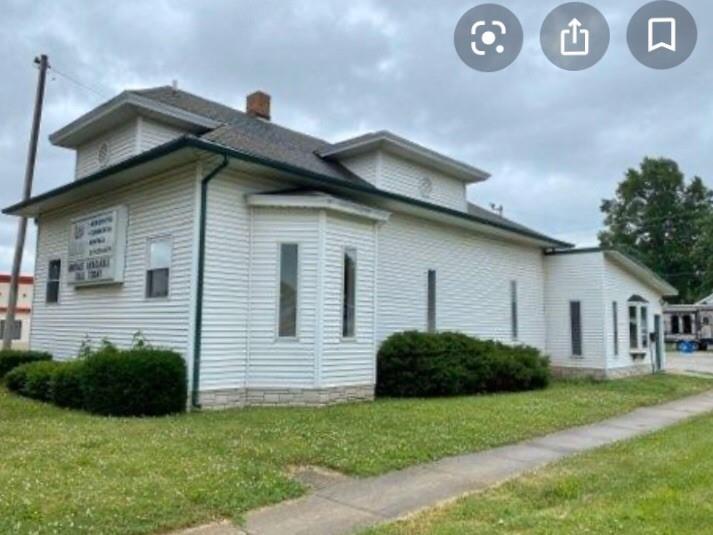 821 Charleston Avenue Property Photo 1