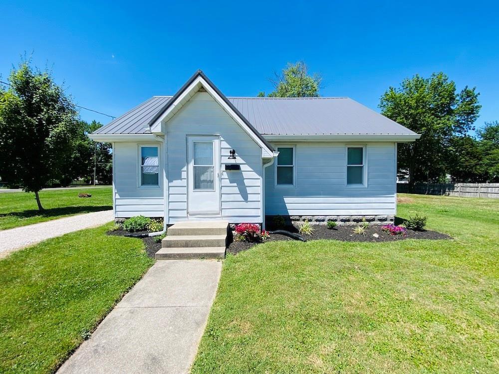 1010 E North Avenue Property Photo 1