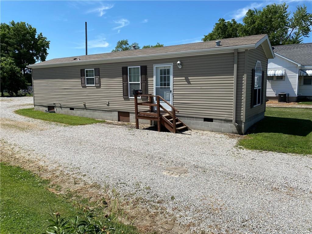 1001 S Van Buren Street Property Photo 1