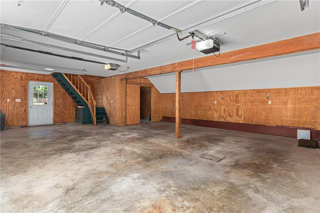 224 Locust Street Property Photo 32