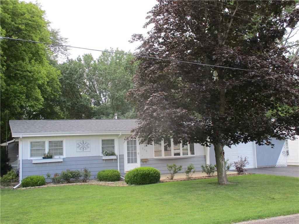 212 N Pine Street Property Photo 1