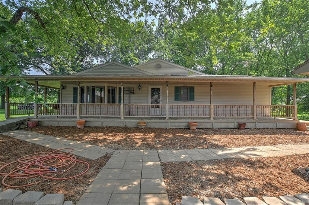 1501 N Bender Road Property Photo 1