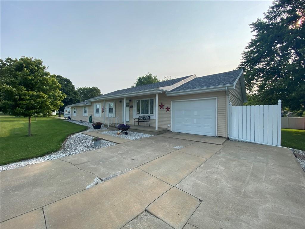 825 N 4th Street Property Photo 1