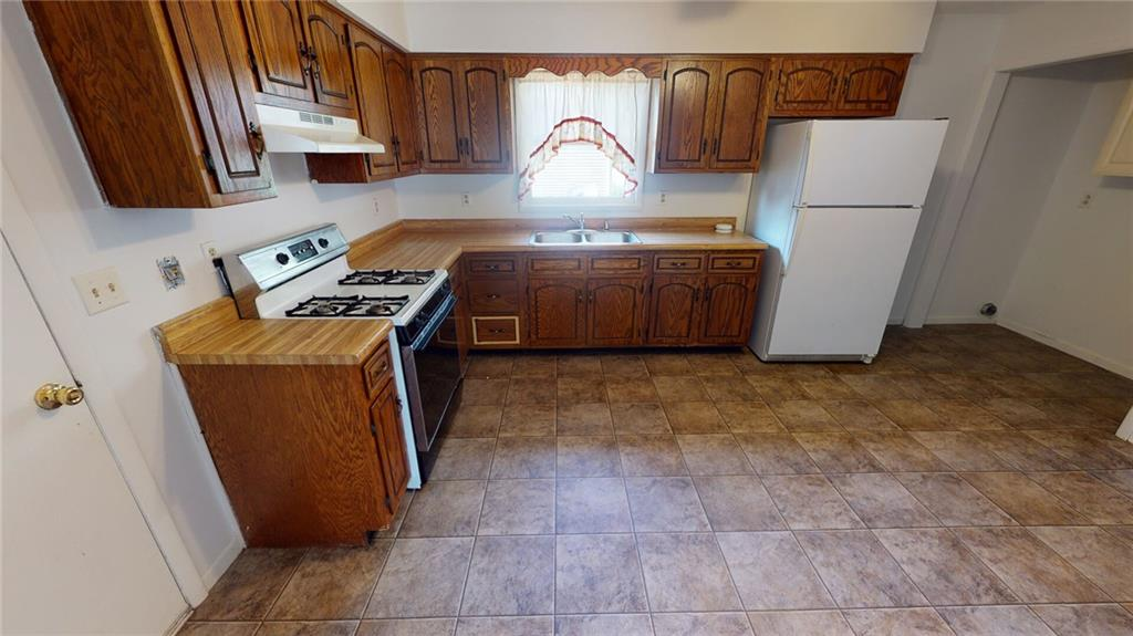 522 Shonna Drive Property Photo 5