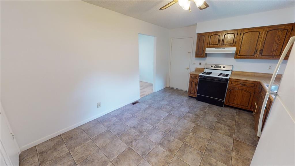 522 Shonna Drive Property Photo 6