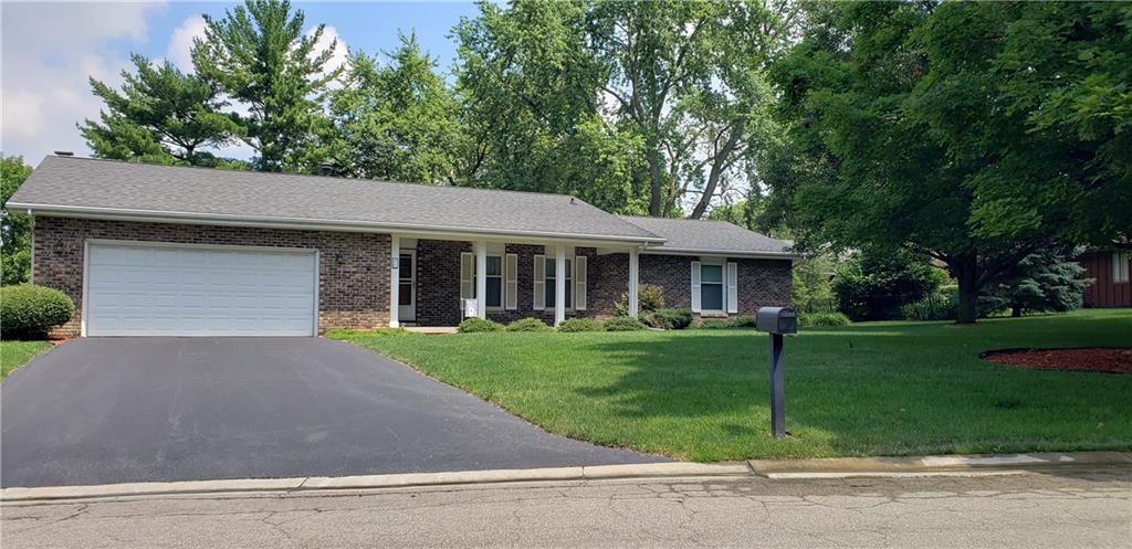 15 Lakewood Drive Property Photo 1