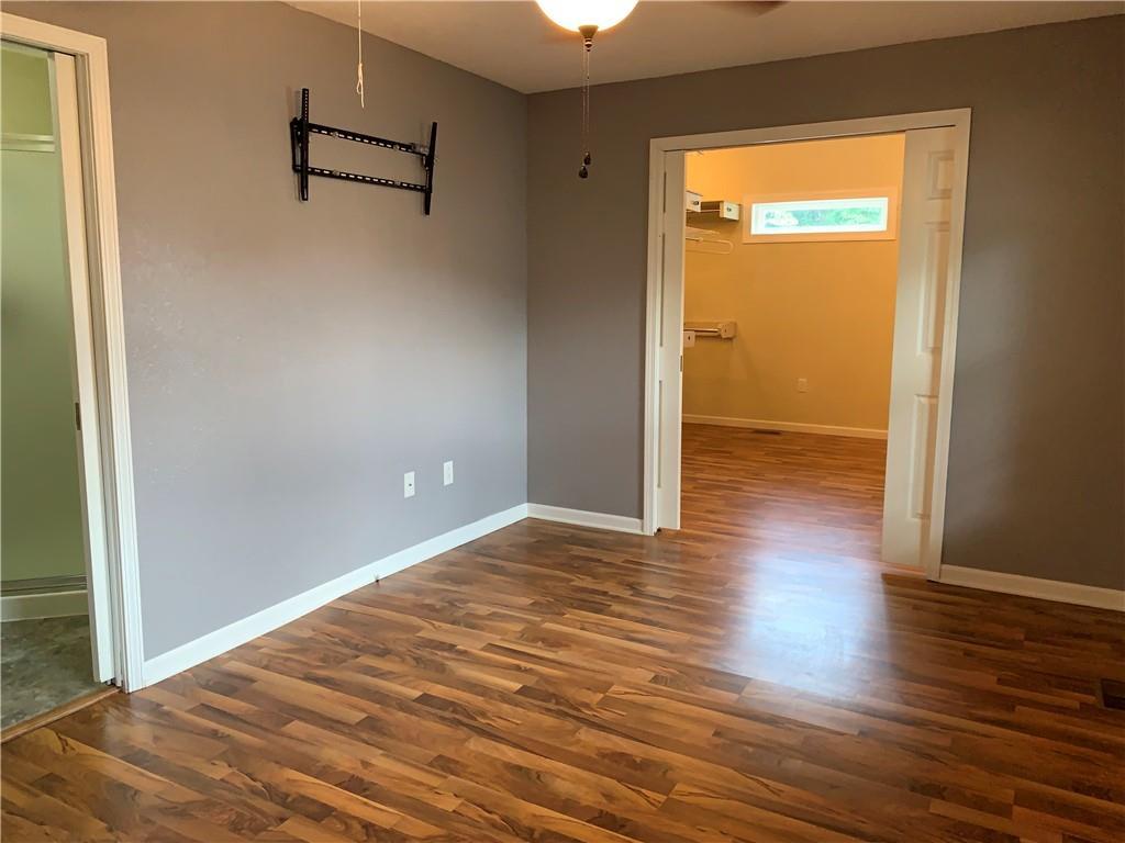 804 Lawndale Avenue Property Photo 3