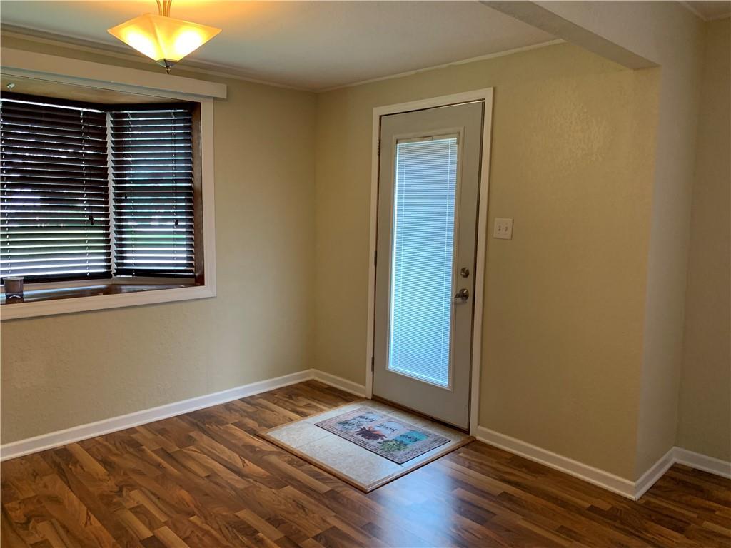 804 Lawndale Avenue Property Photo 9