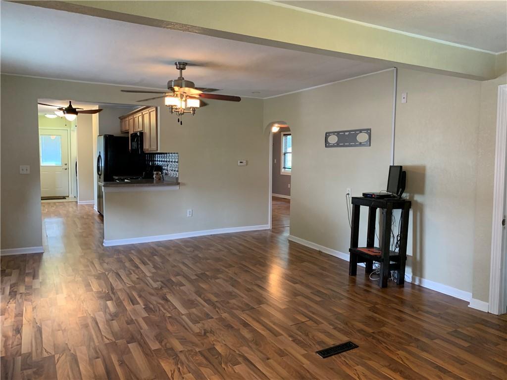 804 Lawndale Avenue Property Photo 11