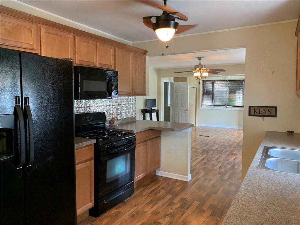 804 Lawndale Avenue Property Photo 17
