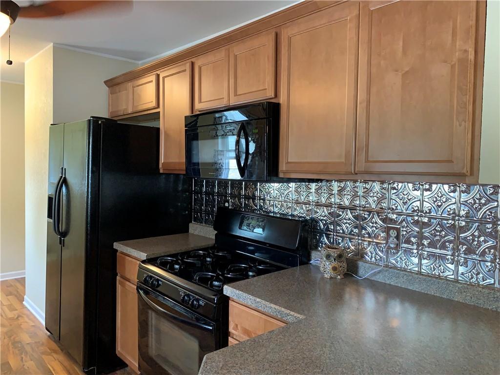 804 Lawndale Avenue Property Photo 20