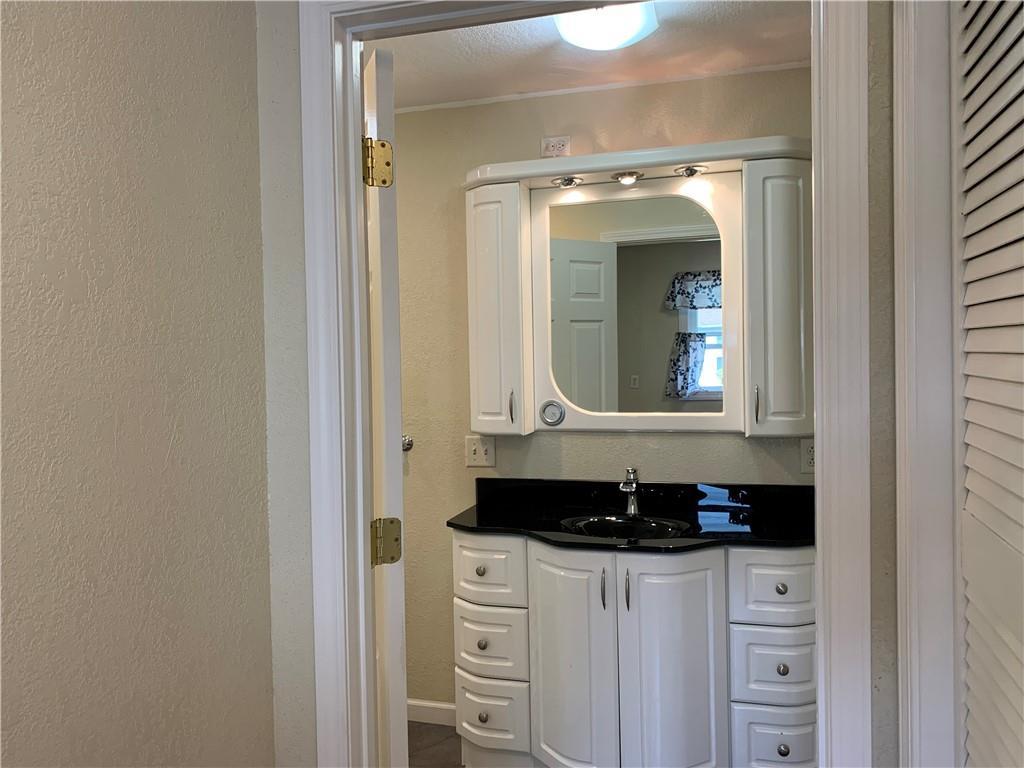 804 Lawndale Avenue Property Photo 23