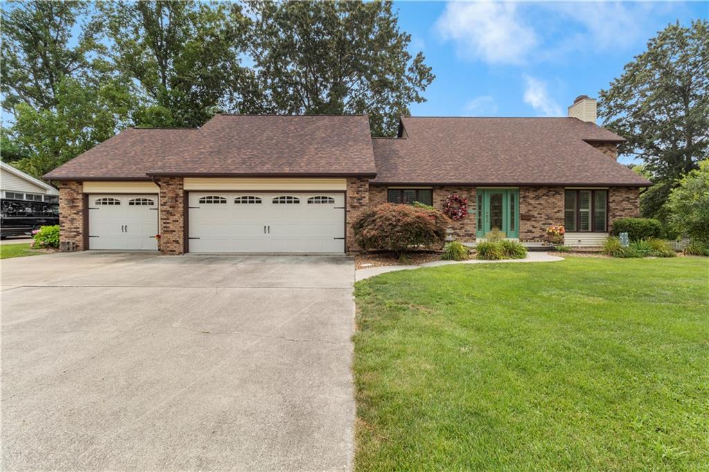 2125 Meadowlake Drive Property Photo 1