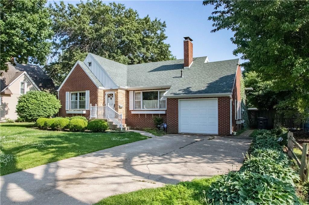 216 Cedar Avenue Property Photo 1
