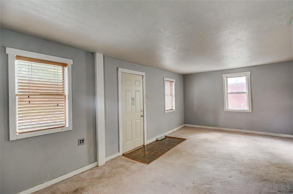 265 Dunn Street Property Photo 2