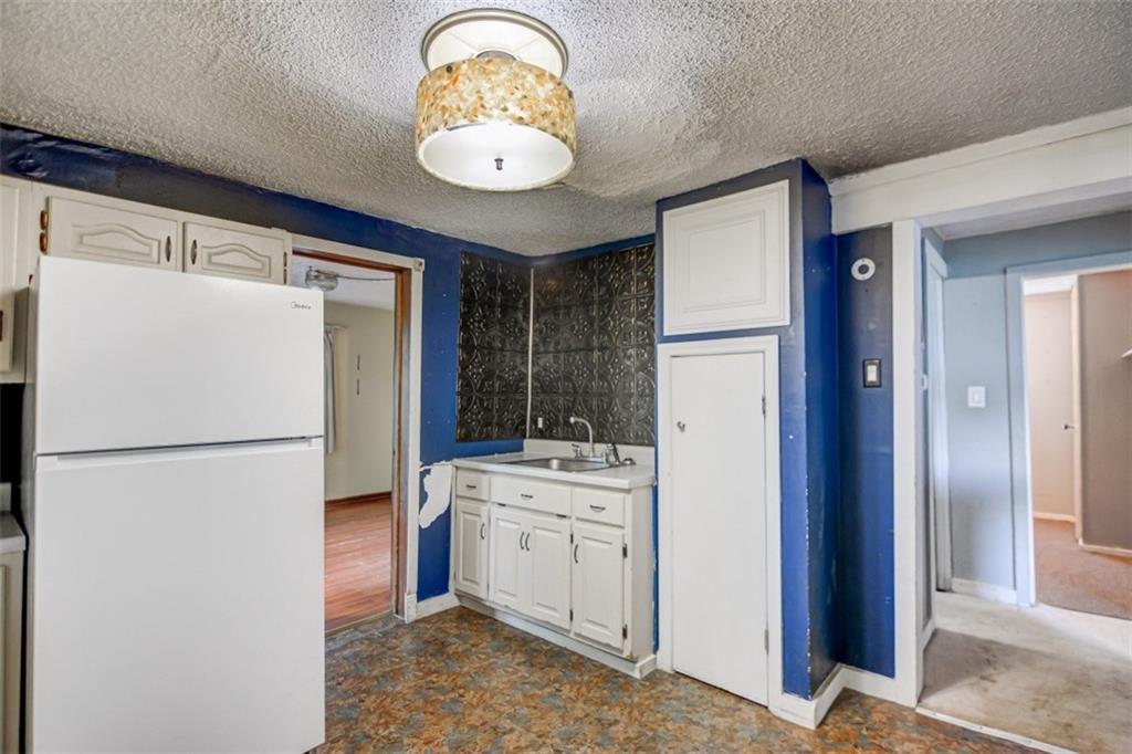 265 Dunn Street Property Photo 8