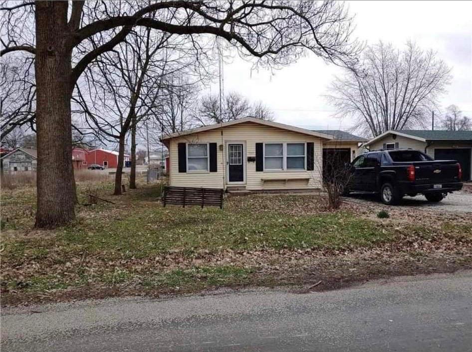 1706 S Central Avenue Property Photo 1