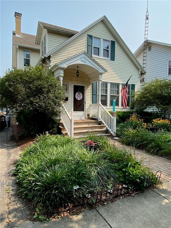 2416 Western Avenue Property Photo 1